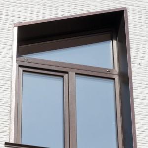 Окно в форме трапеции